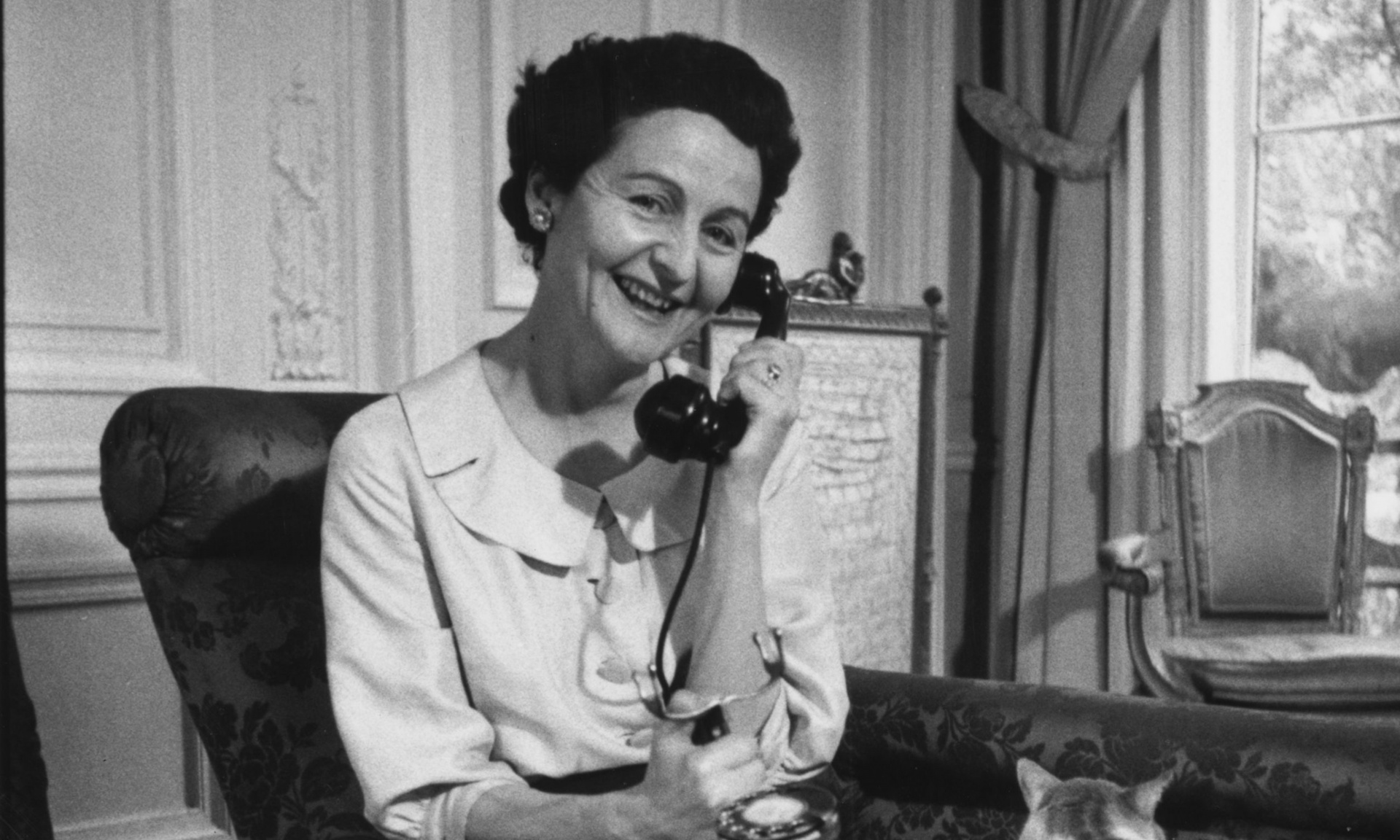 Learning to Read Tarot with Nancy Mitford